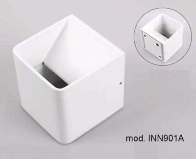 Applique inn a w cubo bianco ip k