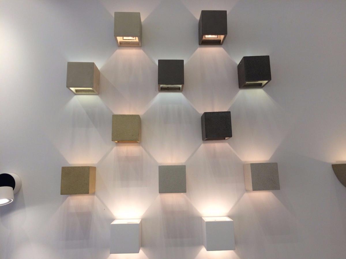 Applique cemento bianca granito sand nw cubo up down quadrato